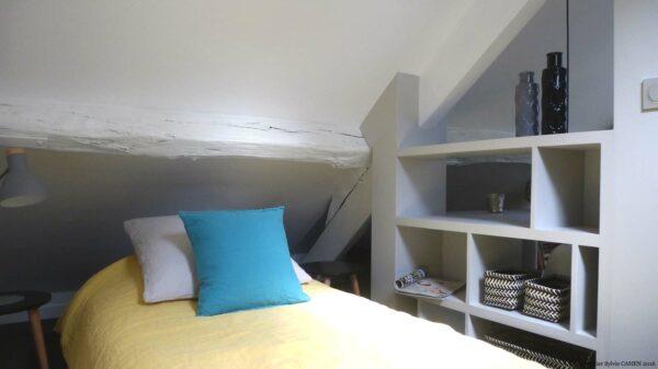 Atelier Sylvie Cahen Architecte Intérieur Paris 12 éme choisy paris pratique fonctionnel design contemporain tendance toit sous pente fenêtre blanc gris bureau étagére chambre